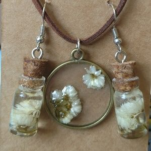Handcrafted Jewelry - 🌼Handcrafted Boho Floral Bouquet Earrings 🌼
